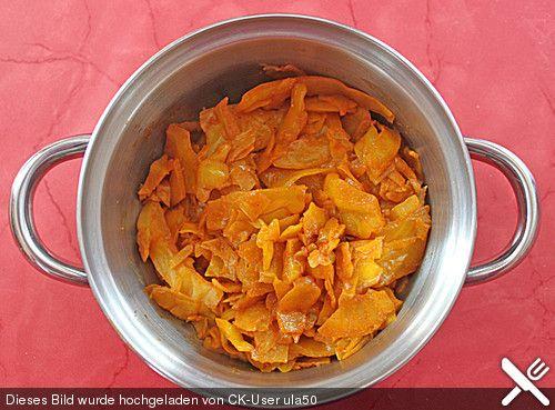 Gebratener Weißkohl auf indische Art, ein beliebtes Rezept aus der Kategorie Schmoren. Bewertungen: 13. Durchschnitt: Ø 3,8.