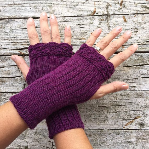 Lace fingerless gloves victorian style woman by HandMadeInItaly