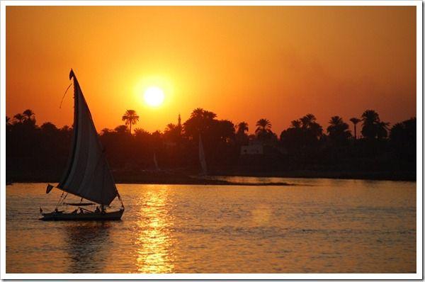 Passeio de falouka - Rio Nilo / Egito