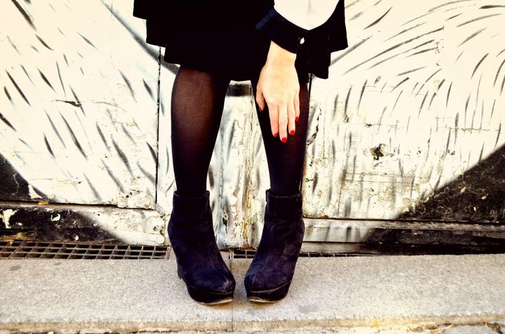 Chic Adicta, Blogger de moda, Ulanka shoes, botines negros, black booties, moda chicas, fashionista, fashion girl, fall outfit, look de otoño, Piensa en Chic www.PiensaenChic.com