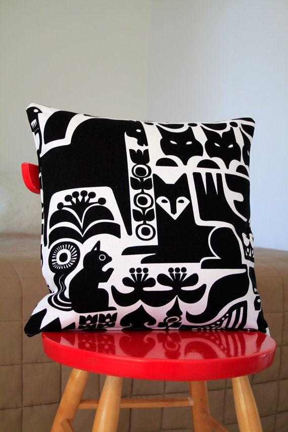 """Marimekko Sanna Annukka pillow cover, 45x45cm (18x18"""")"""