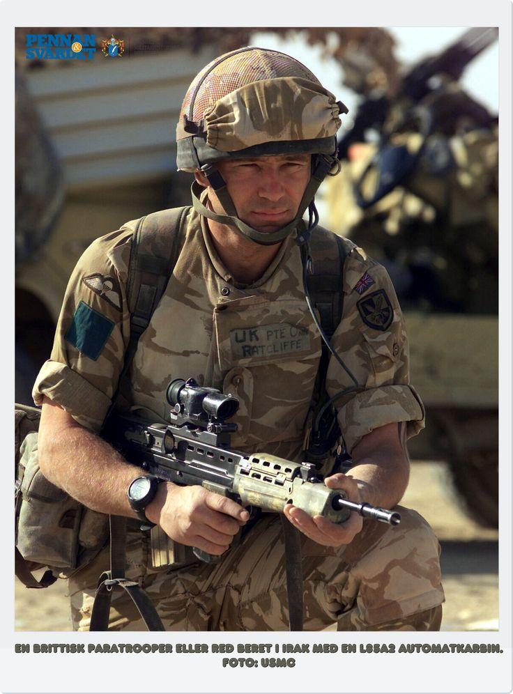 US Navy SEALs har uppmärksammats - inte minst på grund av helikopterräden mot bin Ladin. Detta passar brittiska Special Air Service (SAS) eftersom uppmärksamhet inte är något man vill ha. SRR har en mängd kvinnor vilket innebär utökade möjligheter för underrättelseinhämtning i muslimska länder där det ibland är omöjligt att prata med kvinnor om man inte själv är kvinna. Vid speciella tillfällen bär man SRR:s gråa basker med SRR-emblemet: antik hjälm & svärd (Excalibur) över ordet…