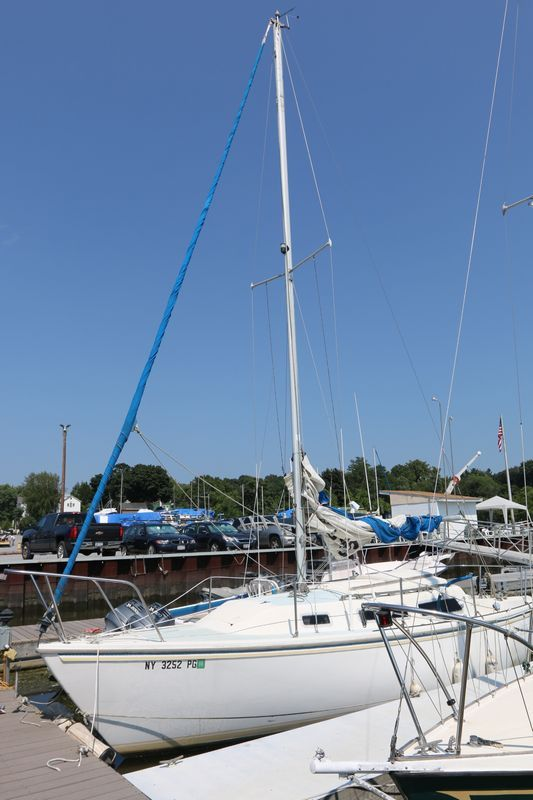 1983 Catalina 25\u0027 sailboat with cabin and Mercury outboard motor - Equipment Bill Of Sale