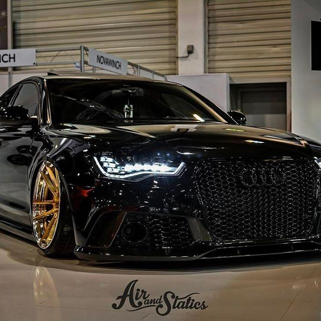 DAT Bagged! RS6 SEDAN | ZP.FORGED 2 Super Deep Concave finished in Royal Gold / Polished Lip Owner: @ppparts Picture: @airandstatics TÜV certified wheels | designed in AUSTRIA #zpwheels #zperformancefelgen #zperformancewheels #wheelporn #zp21 #zp2one #flo – Takurra