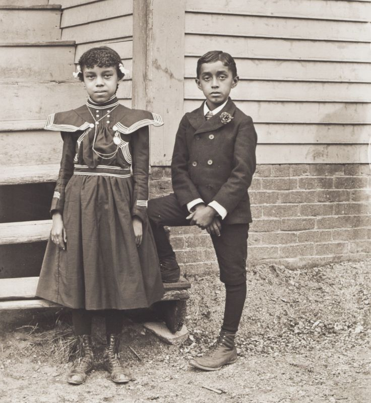 c. 1901 Portrait of Susie Idella Morris and Harry Clinton Morris. Susie and Harry Morris were the children of barber Sandy Morris, a migrant from New Orleans, and Susie Arkless Morris, of Narragansett descent. They were the great-great-grandchildren of Sampson Hazard, a Revolutionary War veteran. IMAGE: WILLIAM BULLARD, COURTESY OF FRANK MORRILL, CLARK UNIVERSITY AND WORCESTER ART MUSEUM