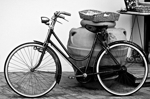 Bicycle bicycle bicycleI want to ride my bicycle bicycle bicycle I want to ride my bicycle I want to ride my bike I want to ride my bicycle I want to ride it where I like You say black I say white …
