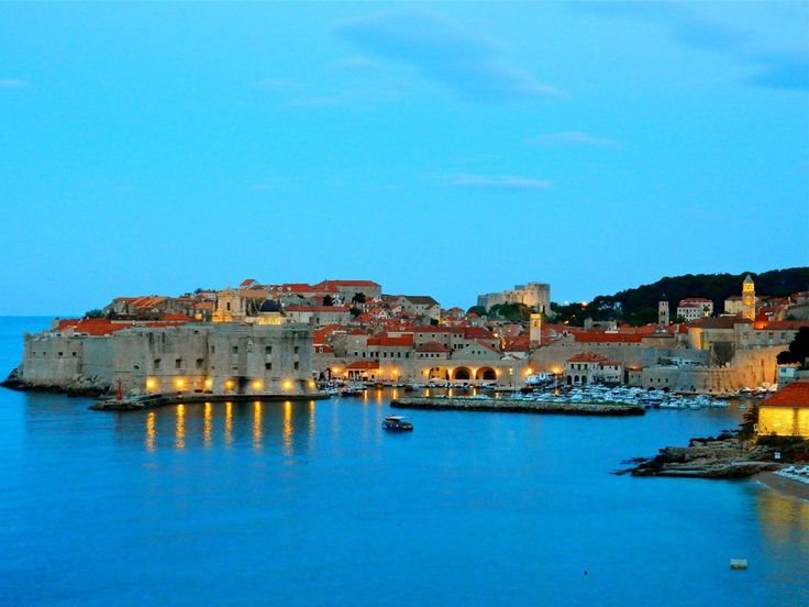 "#Dubrovnik, also known as ""#Athens of #Croatia"" is a popular #honeymoon destination. via Halicanum 