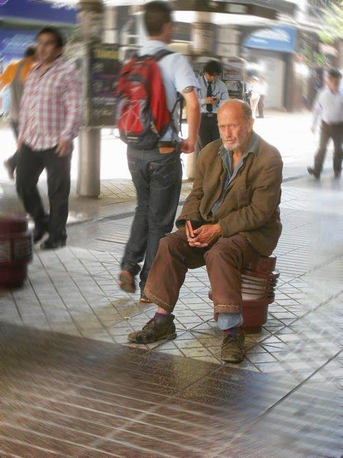 """URBATORIVM: RAÚL GUTIÉRREZ, EL PREDICADOR: SE APAGÓ EL ÁSPERO Y ENÉRGICO GRITO DE """"¡GLORIA AL PULENTO!"""""""