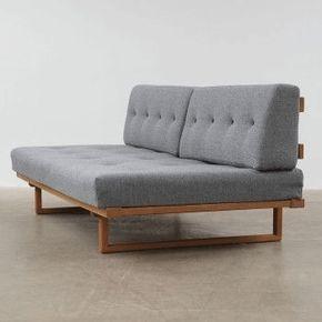 リビングに置いてある家具の中でも大きい割合を占める家具がソファ。つまりソファを制すればインテリアがまとまって見える!という事になりますよね。 シンプルで使い勝手のいい北欧ソファですが、種類が多すぎて悩んでしまう方も多いのではないでしょうか。今回は大人北欧にピッタリなおすすめソファをご紹介いたします。素敵なソファが見つかりますように。