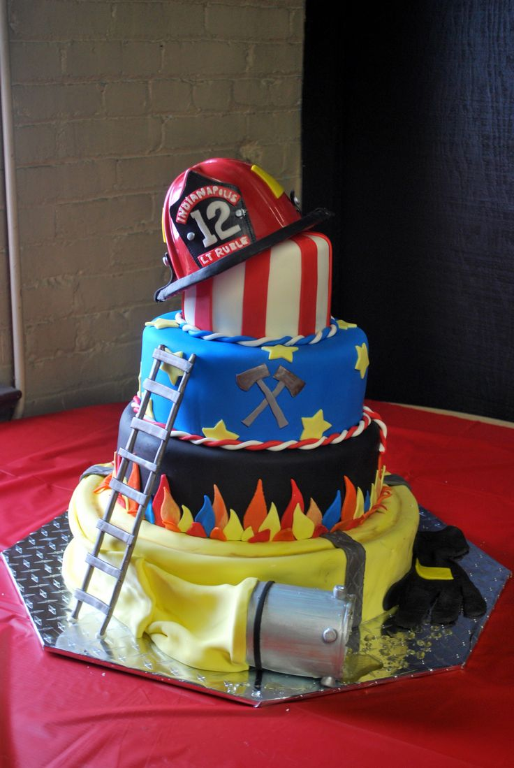 Pin By Amy Ruchte On Fire Truck Party Fireman Cake Fire