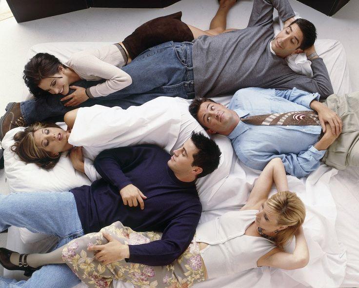 friends, cast of friends, photos of friends, Jennifer Aniston, Courteney Cox, Lisa Kudrow, Matt LeBlanc, Matthew Perry, David Schwimmer