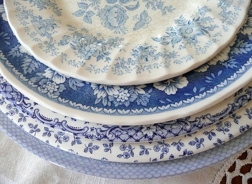 Mismatched blue and white plates! Who cares if you can't make a set? Just make sure they mix and match :)