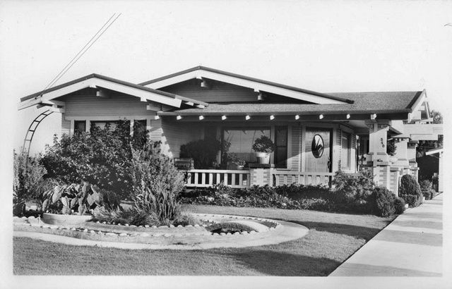 Classic Craftsman Style Bungalow In Huntington Beach
