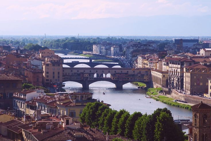 Florence and The 4 Gifts | Chique Romania