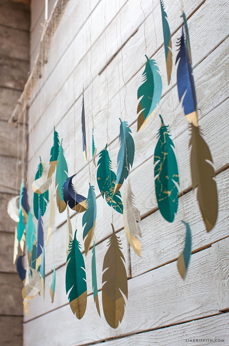 DIY: paper feather wall hanging