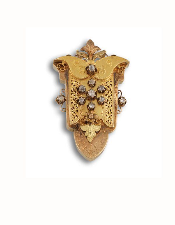Broche s xix dise o de cartela en oro amarillo de 18 kts for Disenos de joyas en oro