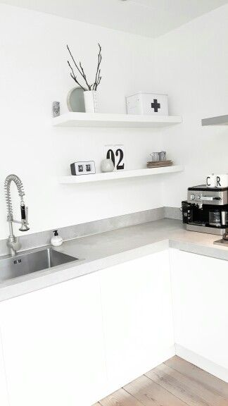 Kitchen shelfie - puristic, white, grey black