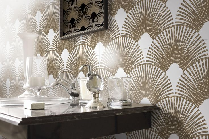 Glossy and matt nuances played in geometrical shapes #tiles #bathroom #interiordesign