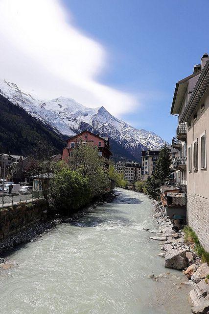 Chamonix et Massif du Mont-Blanc - France April 2017 01   by reineckefoto