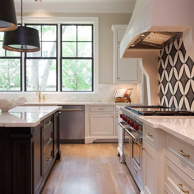 Spectacular Kitchen Family Room Renovation In Leesburg: 10+ Images About Kitchens On Pinterest