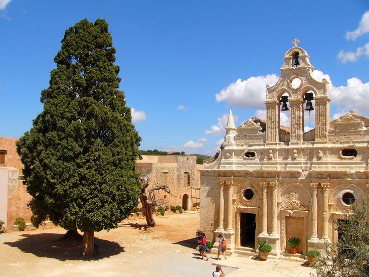 Le monastère d'Arkadi, dans l'ouest de la #Crète. #Grèce