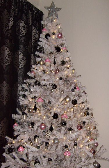 550 best Christmas images on Pinterest Christmas trees, Xmas trees