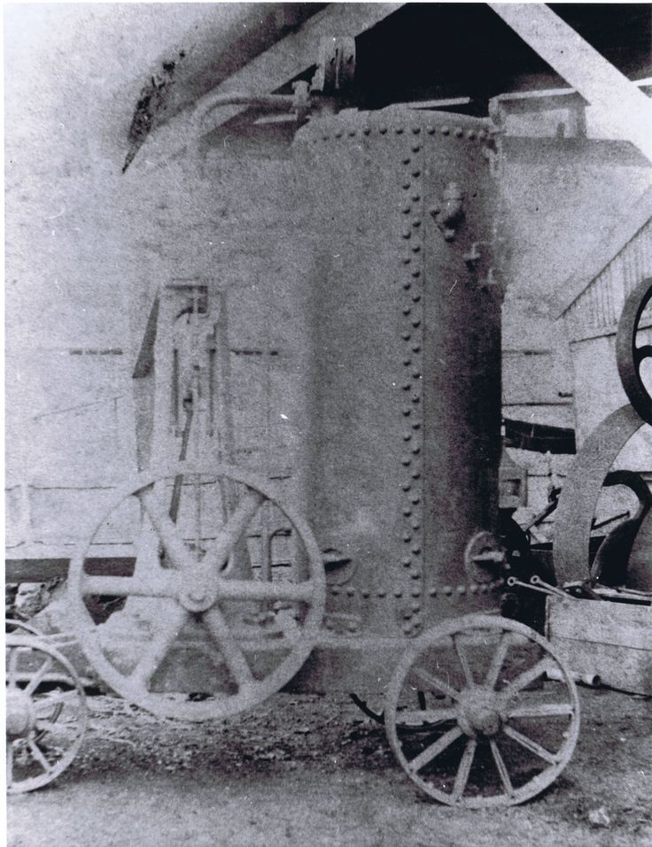 Portable steam engine and boiler