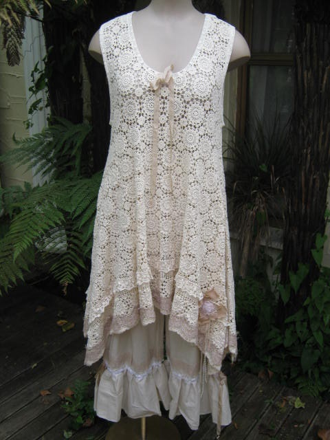Vintage Kitty crochet tunic dress shabby -- Could I replicate this by using old table clothes???