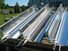 Tracking parabolic solar heater heats water to over 600 degrees F