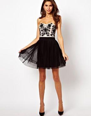 Bild 4 von Lipsy VIP – Cornelli – Trägerloses Kleid mit Ballettröckchen