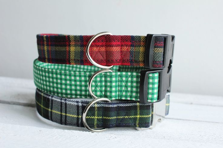 Tartan dog collars look perfect on the country dog. Traditional tartan dog collar for all sizes of dog, suiting the Barbour coat wearing dogs and those dapper dogs out there.  https://www.etsy.com/uk/listing/400501227/dog-collar-tartan-varieties-set-2-red