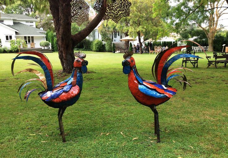 Birdwoods Colourful Large Roosters
