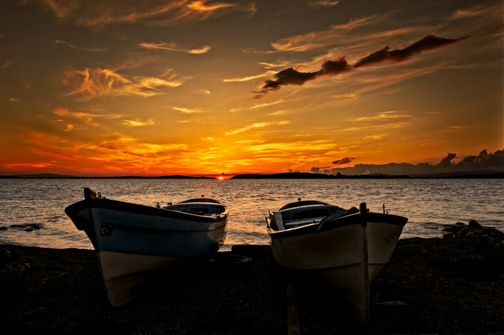 Silent boats! by Arif Unsal on 500px