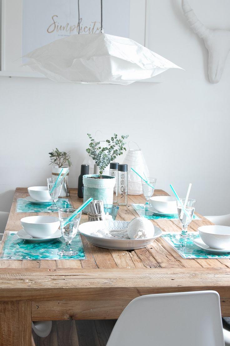 Tischsets mit Alkohol Ink gestalten und laminieren. Tolle sommerliche Tischdeko