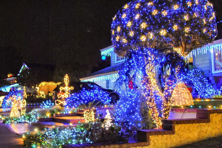 You Ll Love These Unique Christmas Traditions In Orange County Ca Orange Christmas Fun Christmas Decorations Christmas Things To Do