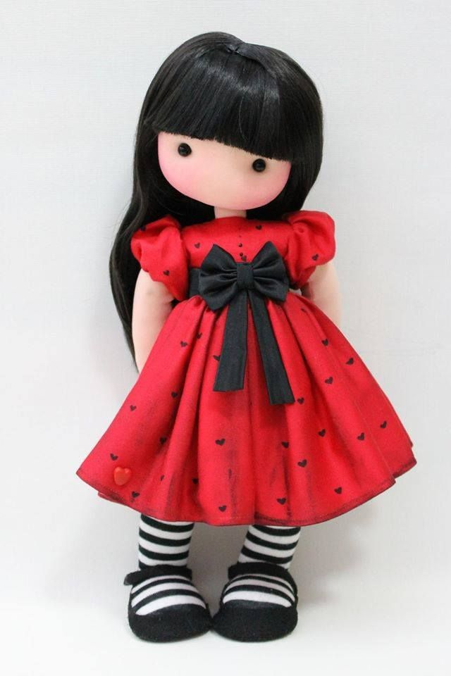 https://www.facebook.com/fidelinadolls/photos/pb.114927181962405.-2207520000.1415985911./585555458232906/?type=1