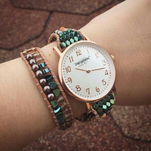 Safari, a well-balanced Women´s Watch with natural tones, inspired by nature. The high standard means that you will be able to use the watch for a long time, as you can with all our ladies' watches and accessories.