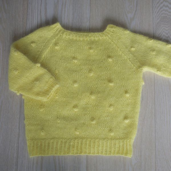Knit Popcorn Stitch In The Round : 1000+ images about Knitting on Pinterest Pants, Ravelry and Baby dress patt...
