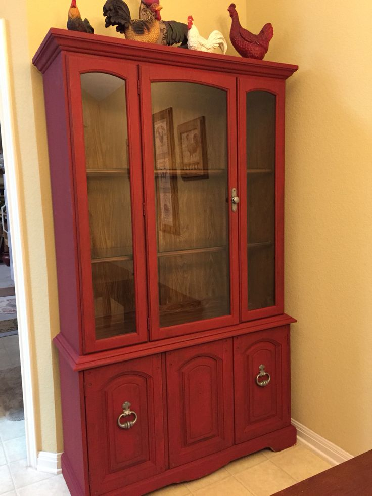 china hutch i refinished i used annie sloan chalk paint i mixed primer red and emperors silk. Black Bedroom Furniture Sets. Home Design Ideas