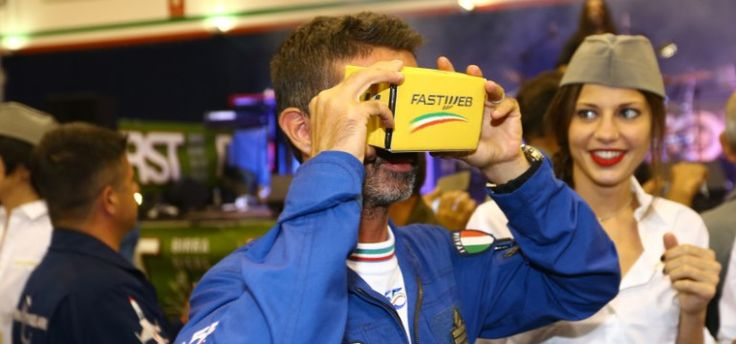 Volare CON le Frecce Tricolori: l'immersione nella realtà virtuale. #VOLA360
