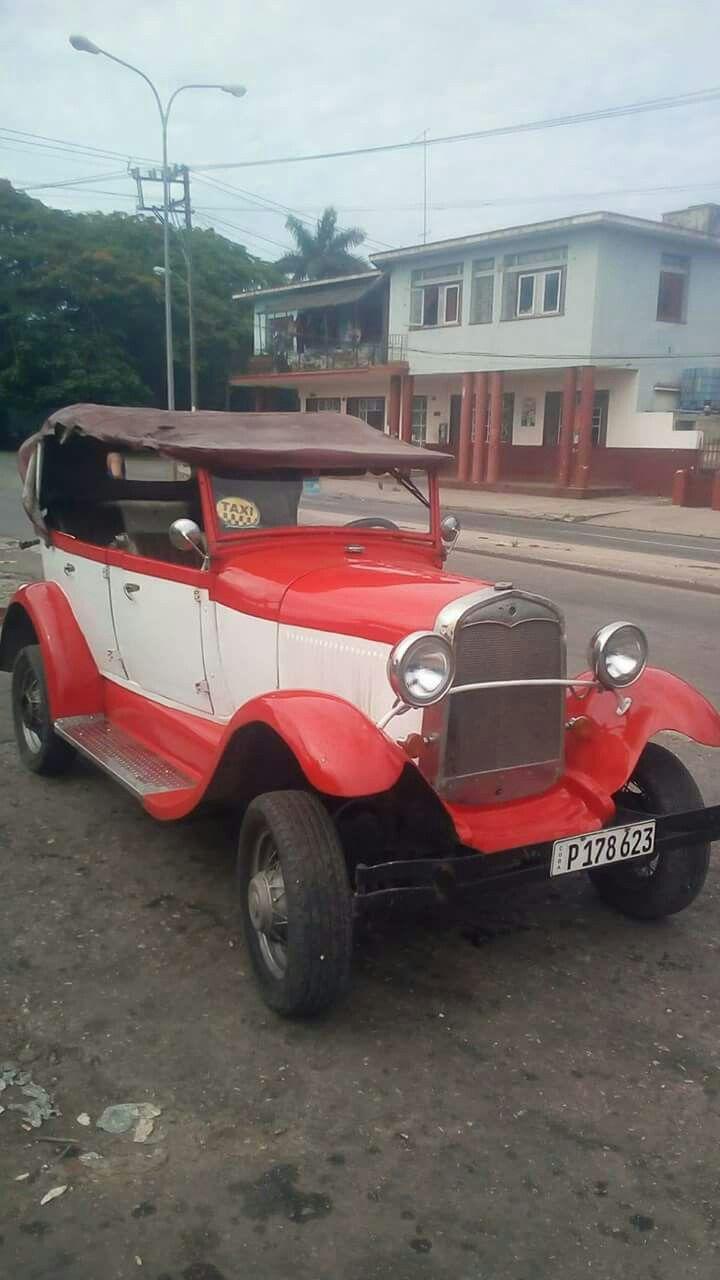 Autos Viejos Americanos en Cuba