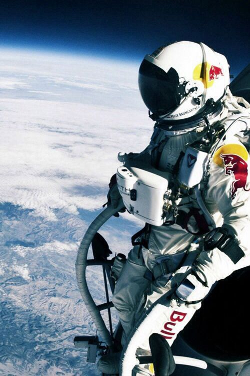 Who needs Wings when there is no gravity. #RedBull #ZeroGravity