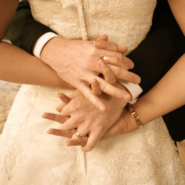 Love a good detail shot, this is so romantical!