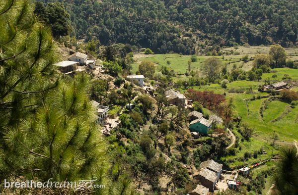 India, travel, trekking, Himalayas, Uttarakhand, Kumaon, Nainital, Jim Corbett, tiger, hotel, village