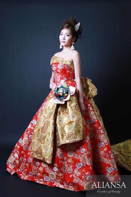 和ドレス 着物ドレス 赤・ゴールドのAライン