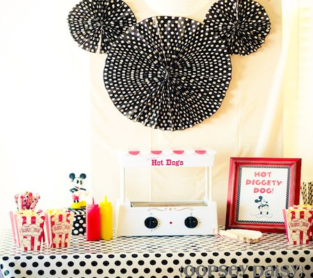 Google Image Result for http://cdn1.disneybaby.com/images/2012/07/party-mickey-mouse-clubhouse1.png