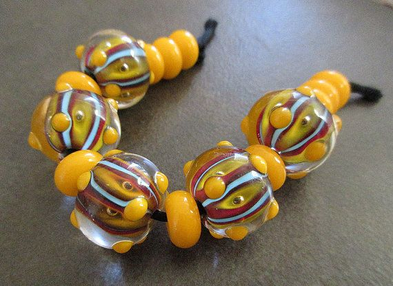 buttery yellow jewelz lampwork bead set by jeansbeads on etsy