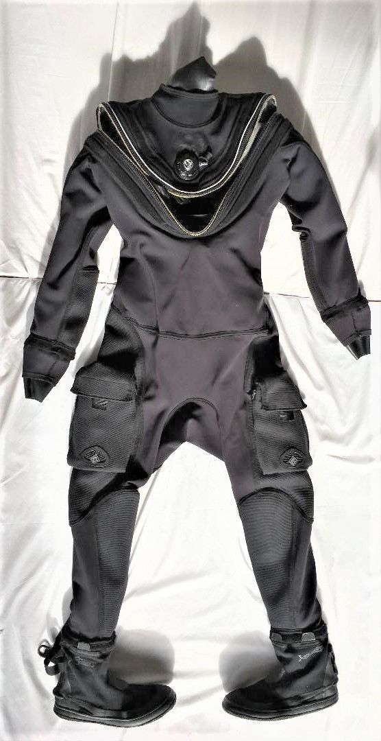WHITES FUSION SPORT SCUBA DRYSUIT _ Excellent Condition – Pre-Owned