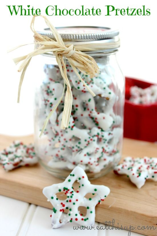 Make your own White Chocolate Pretzels http://eatthisup.com/make-white-chocolate-pretzels/
