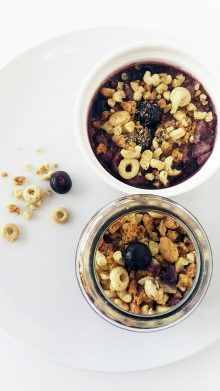 Acai Bowl w/ Apple Pie Cookie Topping